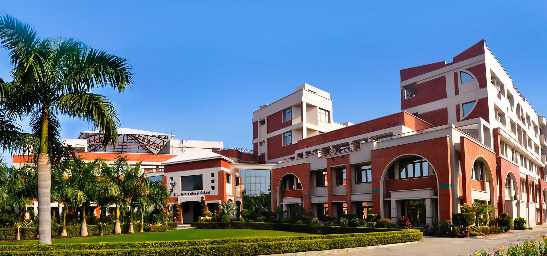 KL International School